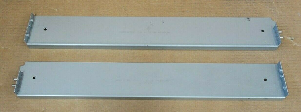 042-006-710 EMC Rack Mount 2U TRPE Server Rails / Shelf