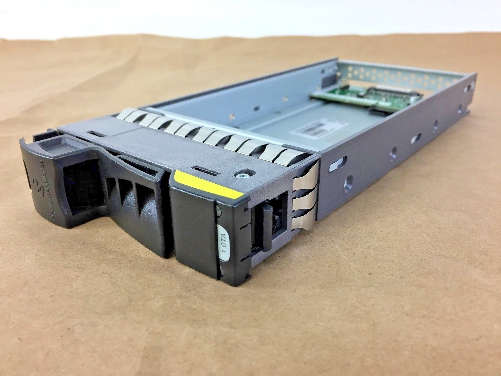 NetApp IBM Hitachi X269A-R5 108-001180 PLUS Hard Drive Caddy
