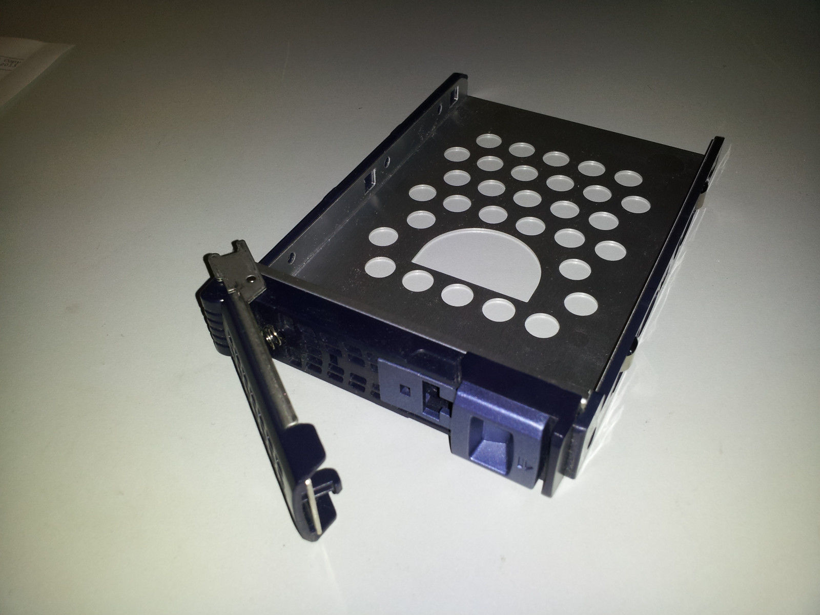 Chenbro 3.5 Server Hard Drive HD Caddy Tray RM21400-04